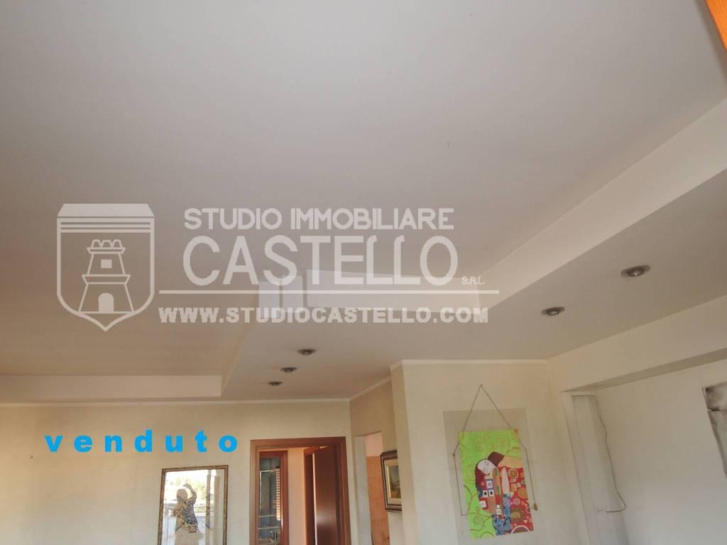 Attico / Mansarda in buone condizioni in vendita Rif. 7137411