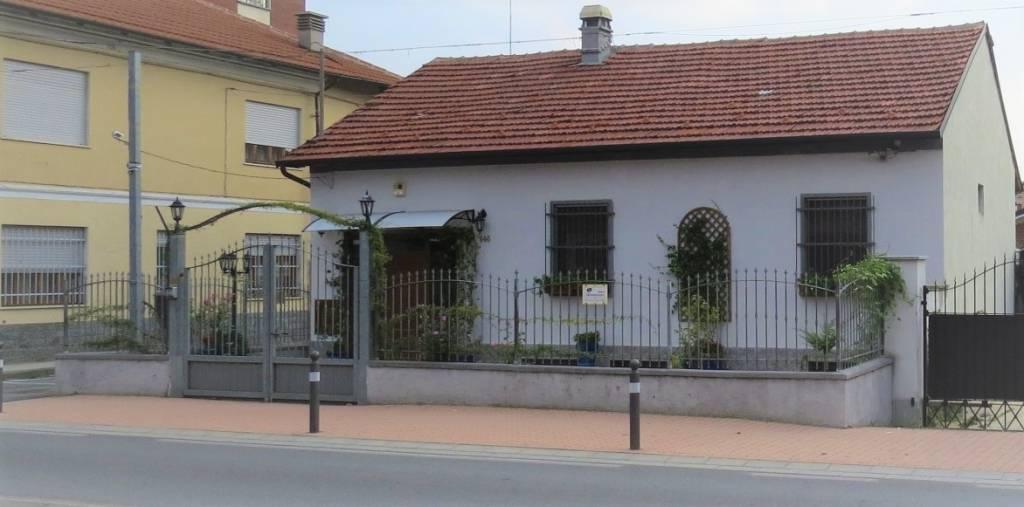 Foto 1 di Villa via Torino 146, Trofarello
