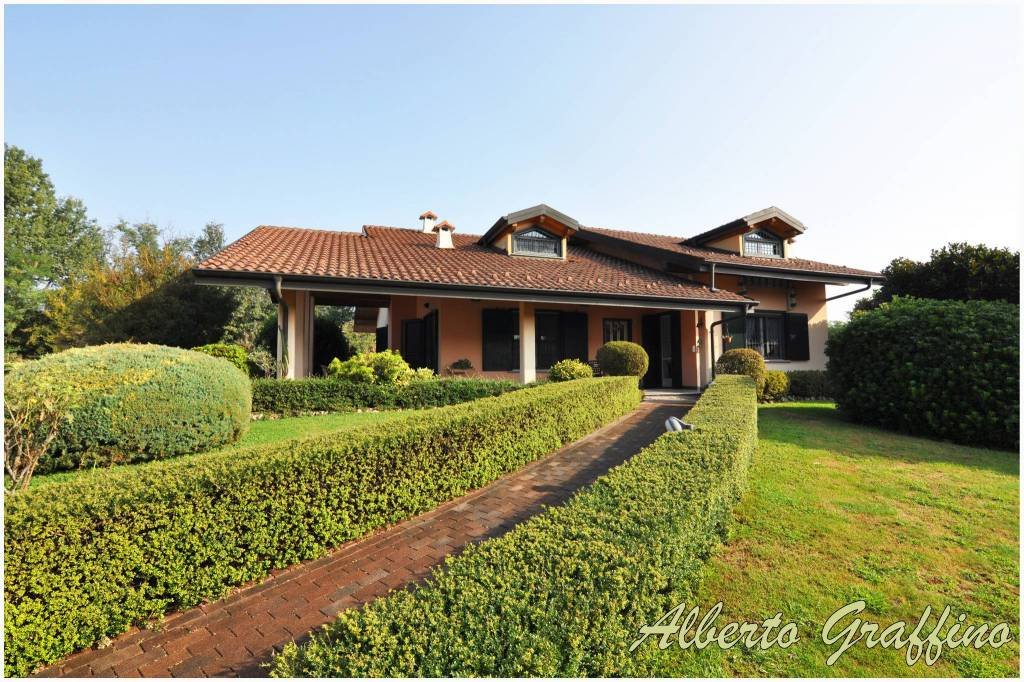 Foto 1 di Villa via Francesco Bertino 22, Lombardore