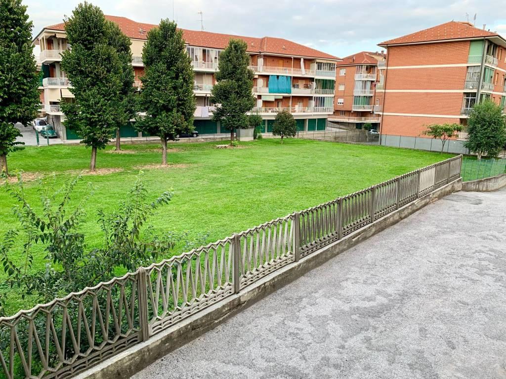 Appartamento in buone condizioni in vendita Rif. 7691439