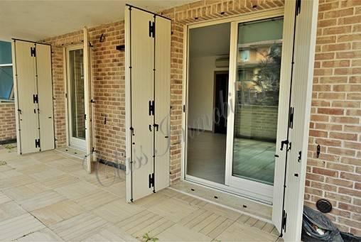 Appartamento in ottime condizioni in affitto Rif. 8188082
