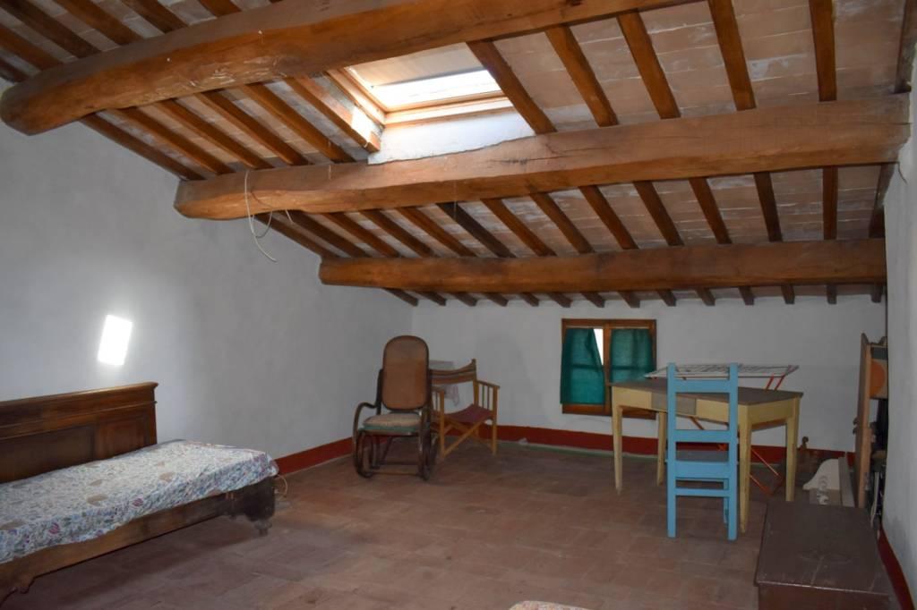 Appartamento in Affitto a Citta' Della Pieve Centro: 5 locali, 80 mq