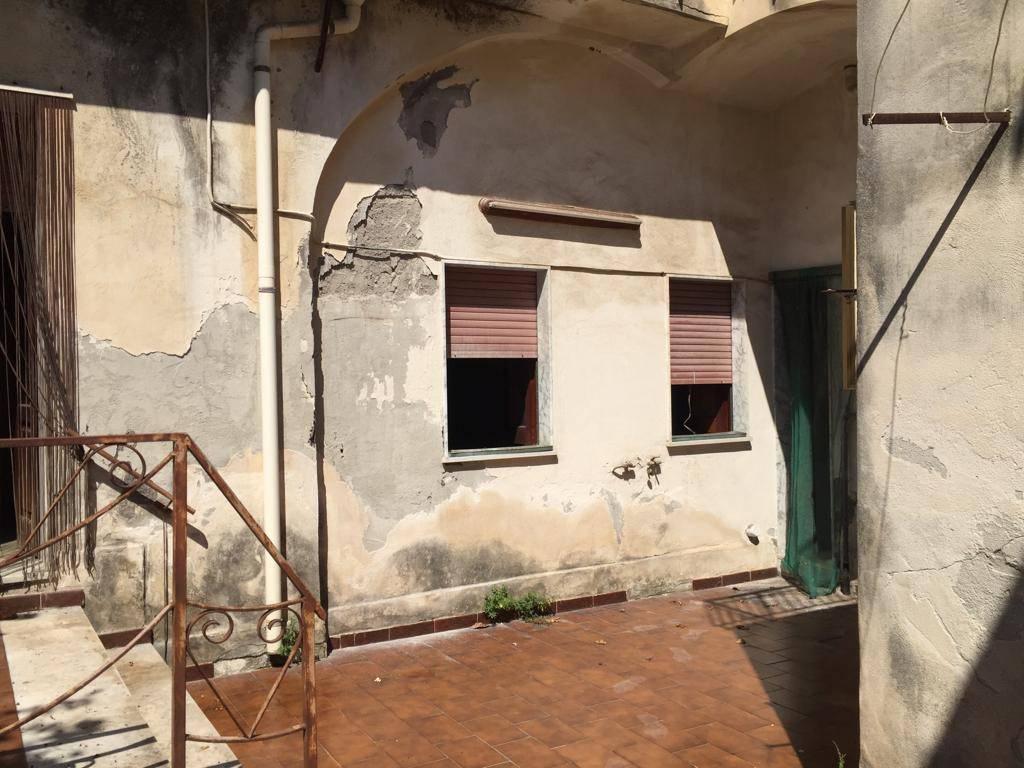Appartamento in vendita a Riposto, 5 locali, prezzo € 175.000   PortaleAgenzieImmobiliari.it