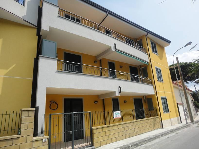 Appartamento in vendita a Patti, 3 locali, prezzo € 205.000 | CambioCasa.it