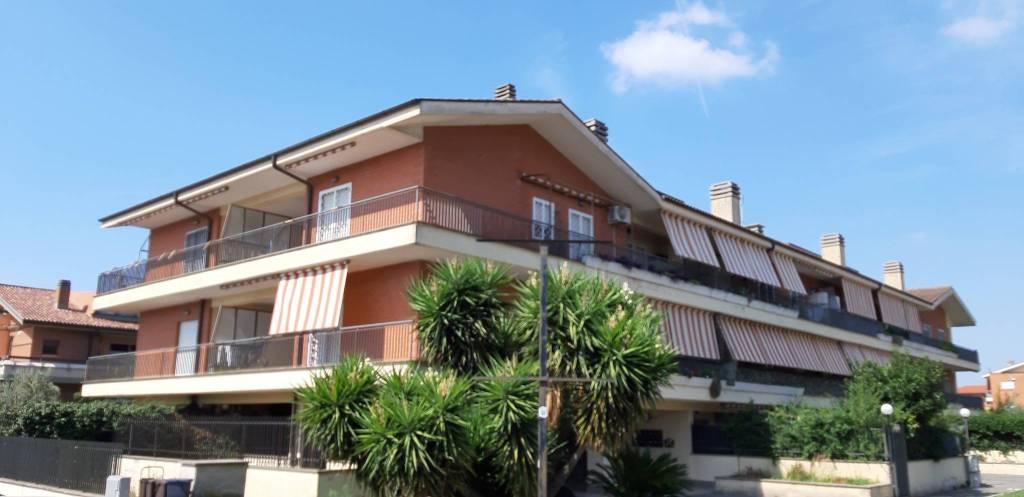 Appartamento in vendita a Albano Laziale, 3 locali, prezzo € 135.000   PortaleAgenzieImmobiliari.it
