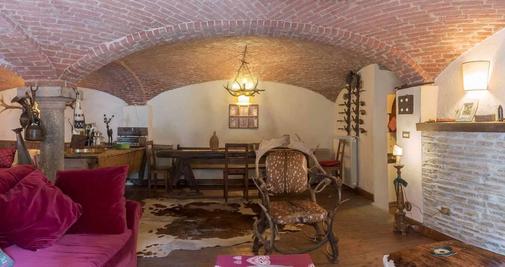 Appartamento in affitto a Cesana Torinese, 3 locali, prezzo € 2.000 | PortaleAgenzieImmobiliari.it
