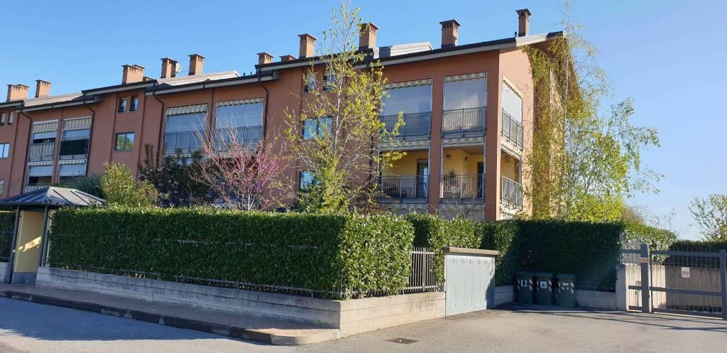 Appartamento in vendita a Pianezza, 4 locali, prezzo € 218.000   CambioCasa.it