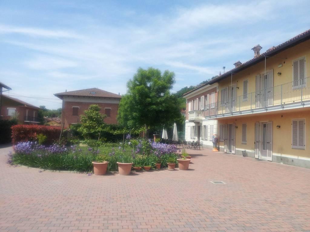 Rustico / Casale in vendita a Magliano Alfieri, 16 locali, prezzo € 950.000 | PortaleAgenzieImmobiliari.it