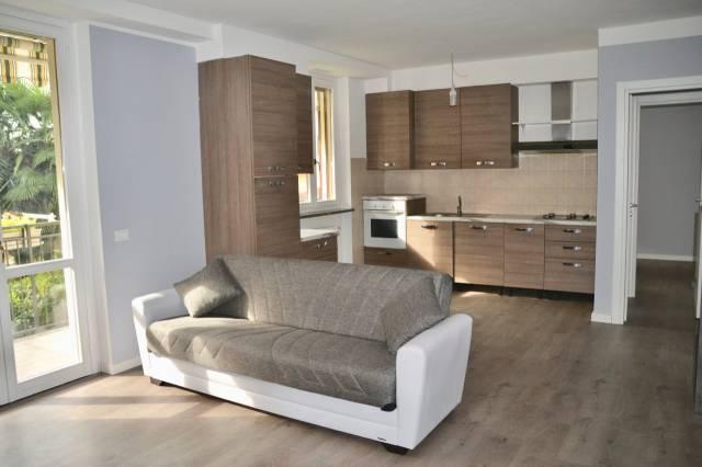 Appartamento trilocale in vendita a Cava Manara (PV)