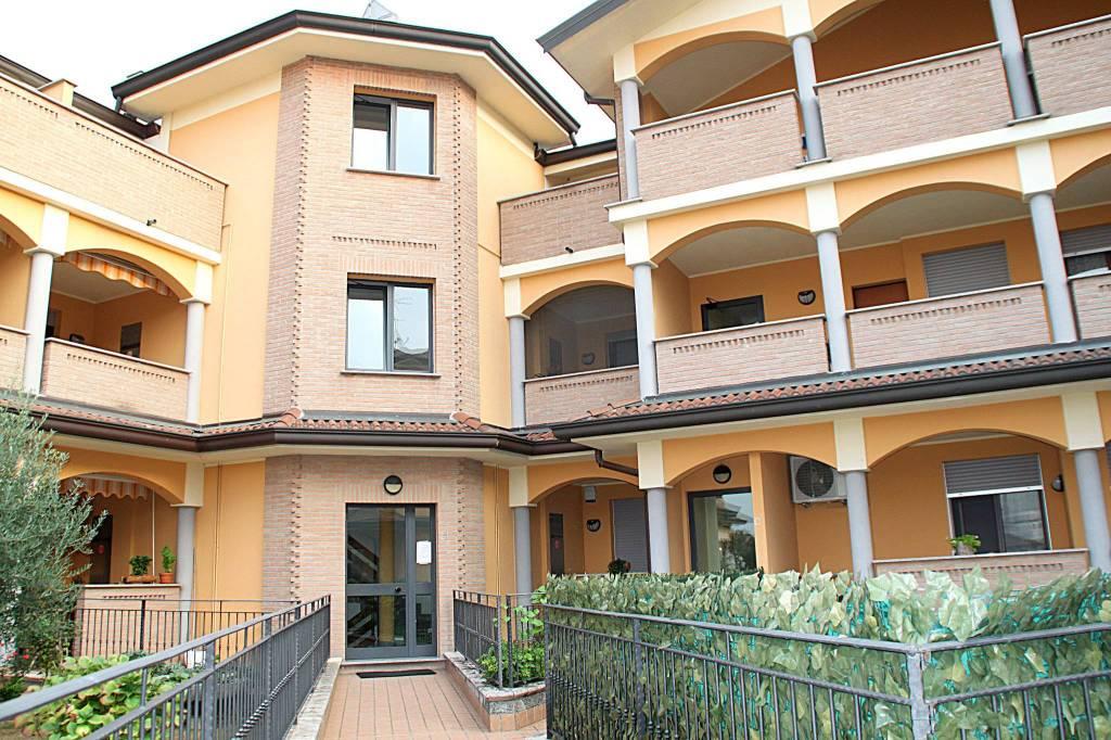 Appartamento in vendita a Zelo Buon Persico, 3 locali, prezzo € 167.000 | PortaleAgenzieImmobiliari.it