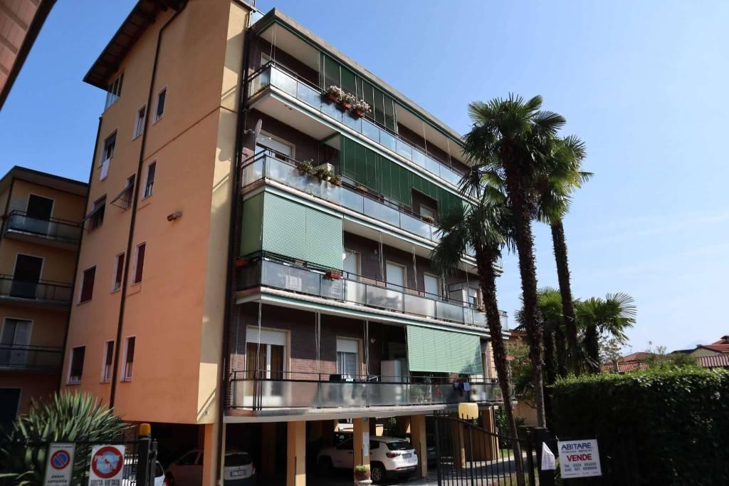 Appartamento in Affitto a Baveno:  3 locali, 100 mq  - Foto 1