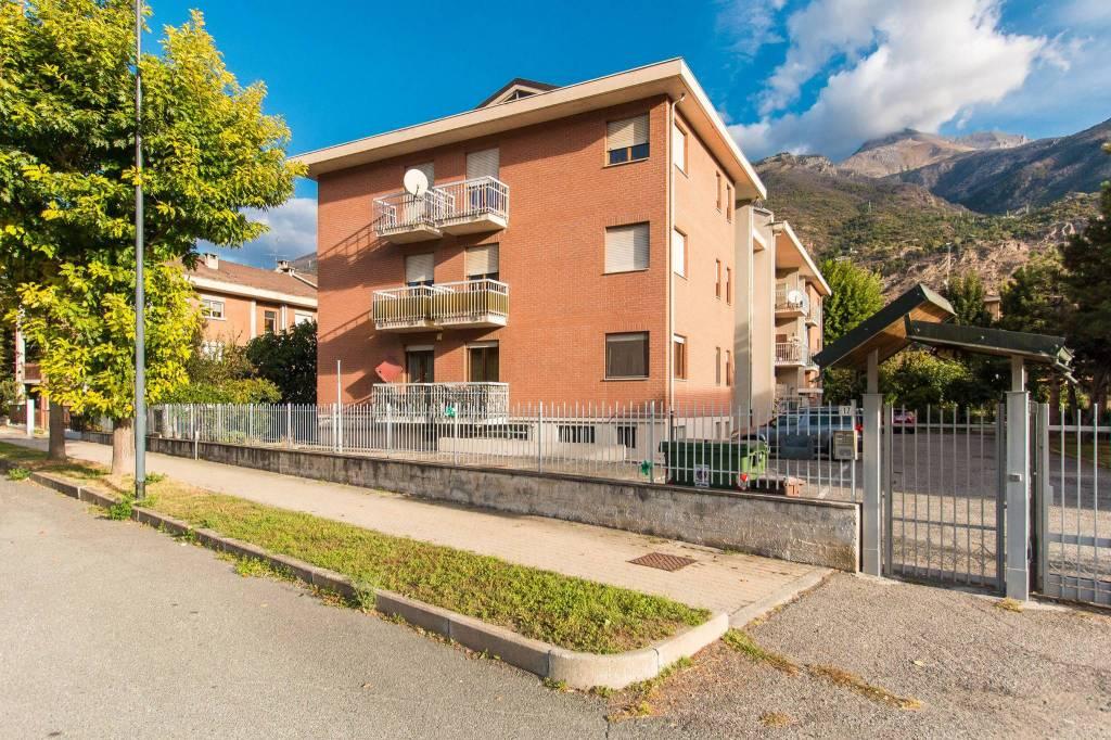 Appartamento in vendita a Susa, 5 locali, prezzo € 155.000 | CambioCasa.it