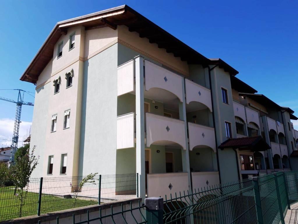 Foto 1 di Appartamento Cantone Carasso 6, Ivrea