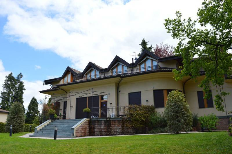 Appartamento in vendita a Gazzada Schianno, 2 locali, Trattative riservate | PortaleAgenzieImmobiliari.it