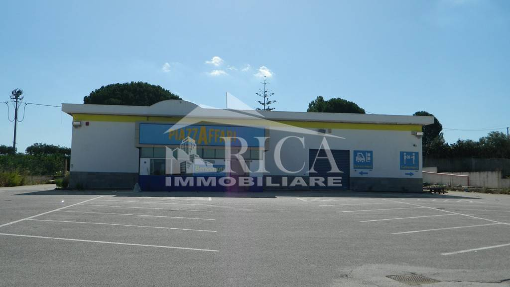 Negozio / Locale in vendita a Partinico, 5 locali, Trattative riservate | CambioCasa.it