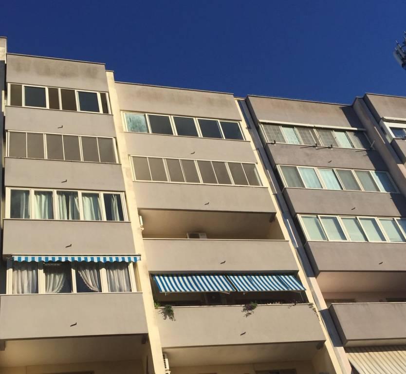 Appartamento in Vendita a Lecce Periferia Est: 5 locali, 100 mq