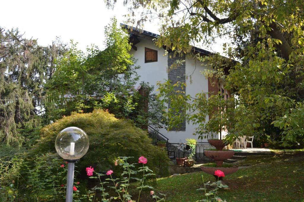 Foto 1 di Villa via Gay 72, frazione San Bartolomeo, Prarostino
