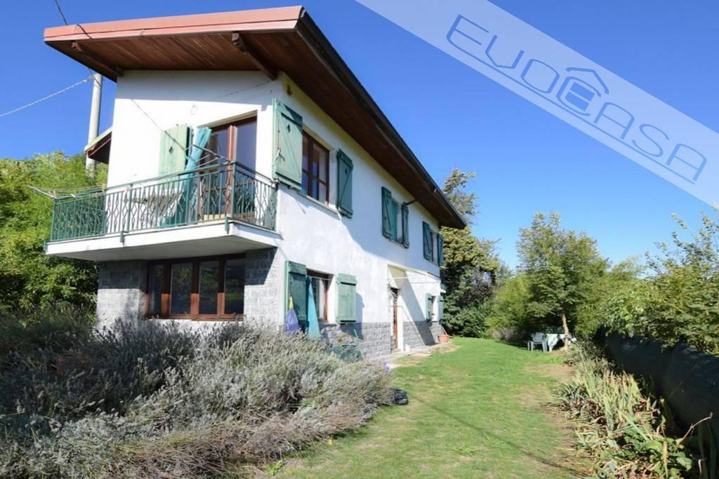 Foto 1 di Villa via Massera 2, frazione San Bartolomeo, Prarostino