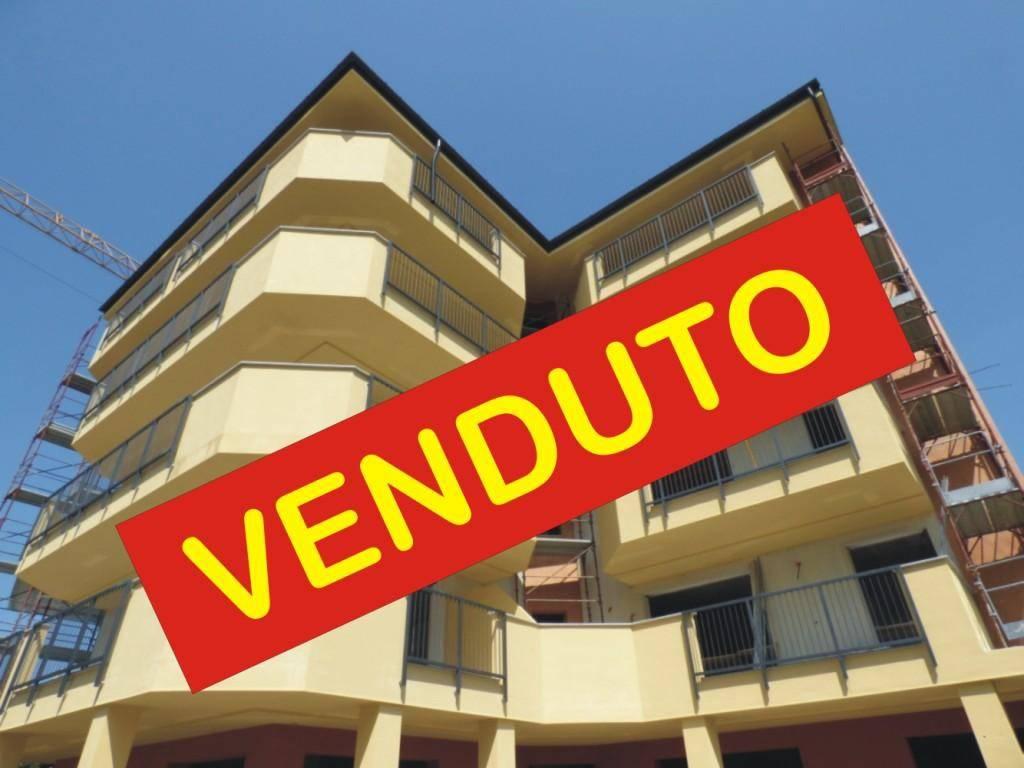 Appartamento in vendita a Senago, 2 locali, prezzo € 153.000 | CambioCasa.it