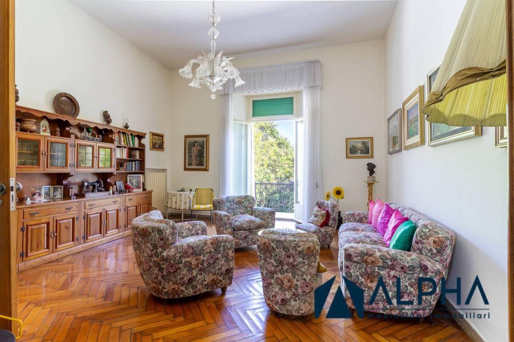 Foto 1 di Appartamento piazza Camillo Benso di Cavour SNC, Forlì