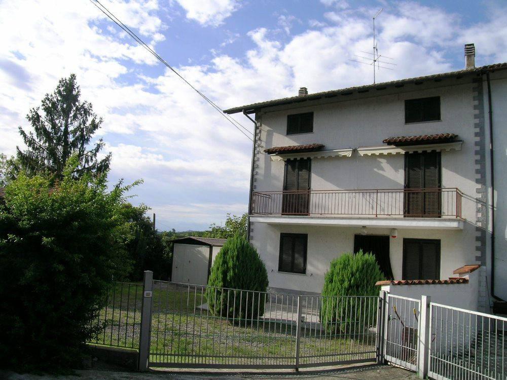 Rustico / Casale in vendita a Serralunga di Crea, 5 locali, prezzo € 68.000 | PortaleAgenzieImmobiliari.it