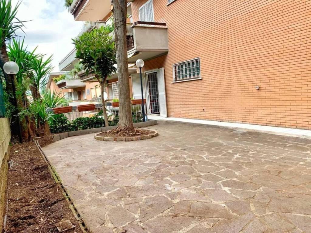 Appartamento in vendita a Roma, 3 locali, prezzo € 248.000   CambioCasa.it