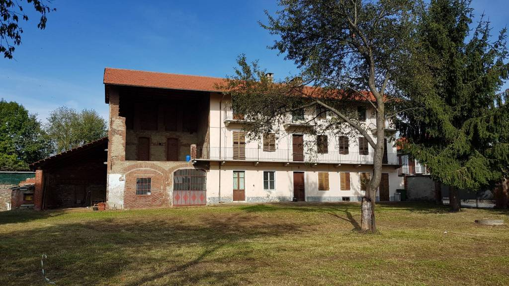 Foto 1 di Rustico / Casale via Ines Magnoni 1, Villanova Canavese