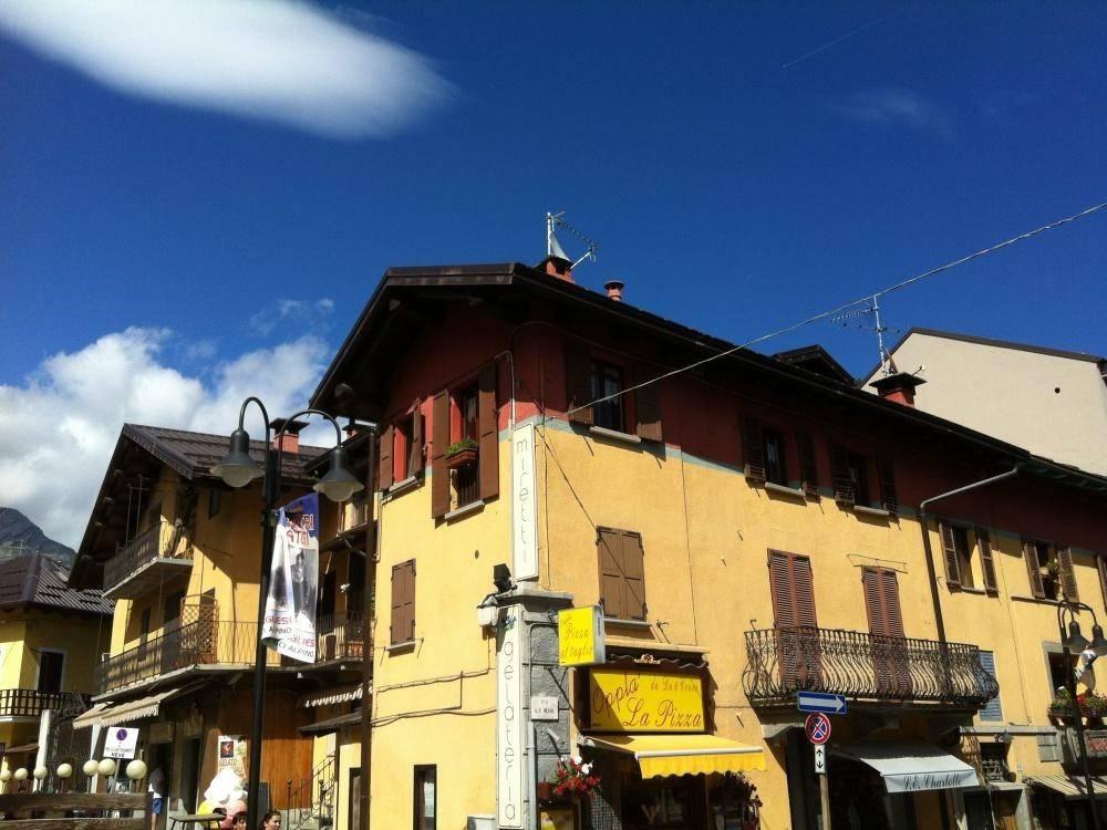 Foto 1 di Bilocale via G. F. Medail 85, Bardonecchia