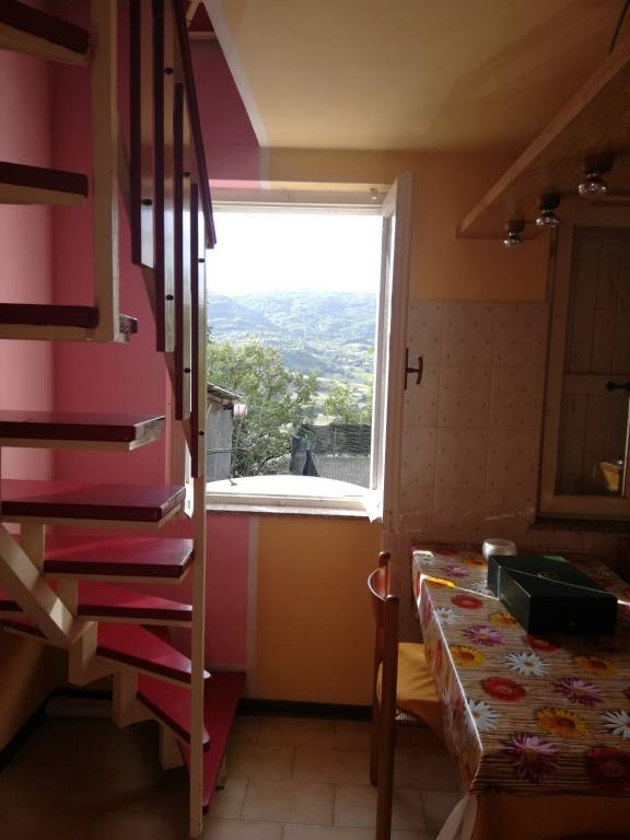 Casa indipendente in Vendita a Gropparello: 3 locali, 76 mq