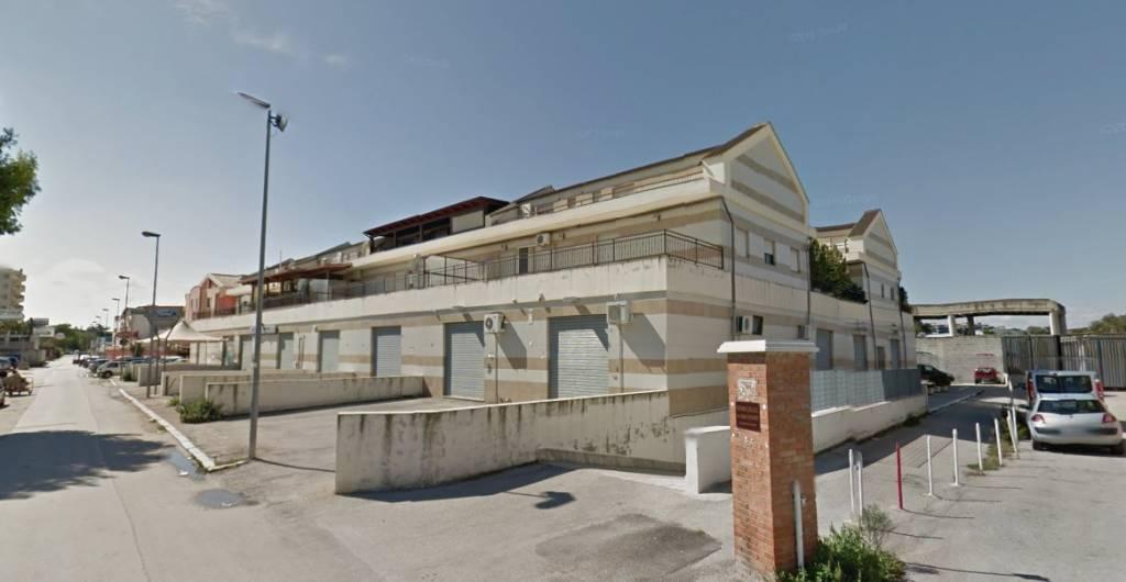 Appartamento in Affitto a Foggia Periferia Sud: 3 locali, 110 mq
