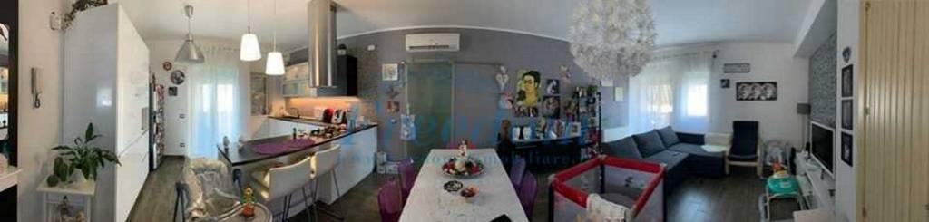 Appartamento in Vendita a Motta Sant'Anastasia Centro: 3 locali, 97 mq