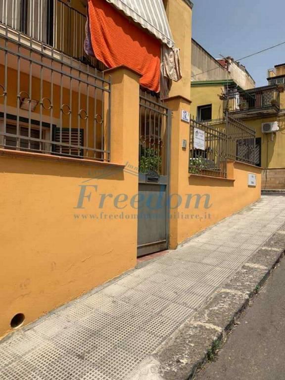 Appartamento in Vendita a Motta Sant'Anastasia Centro: 3 locali, 65 mq