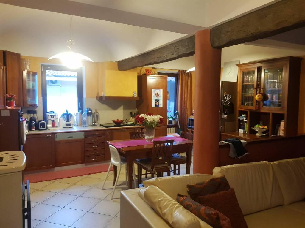 Appartamento in vendita a Saluzzo, 4 locali, prezzo € 185.000 | CambioCasa.it