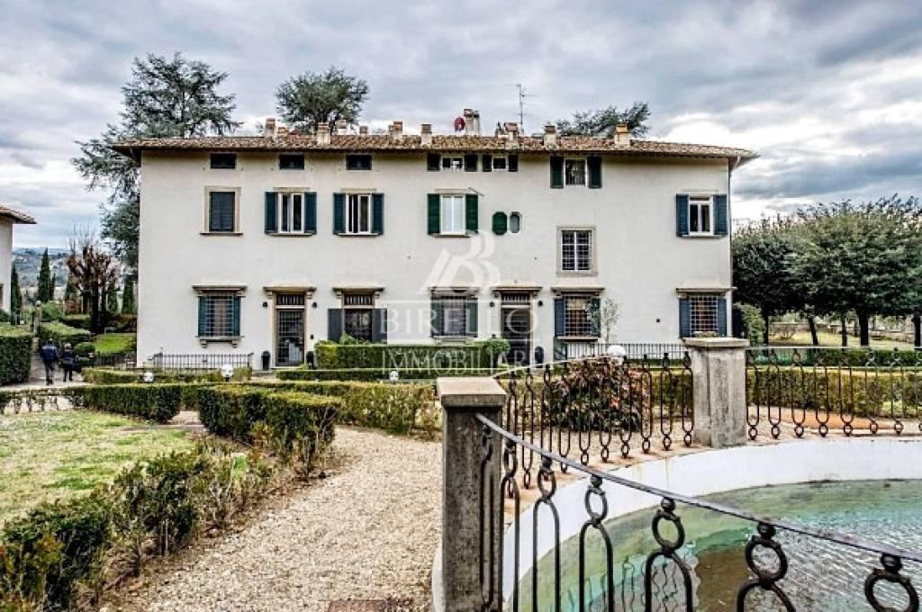 Villa in Vendita a Firenze Semicentro Sud: 4 locali, 80 mq