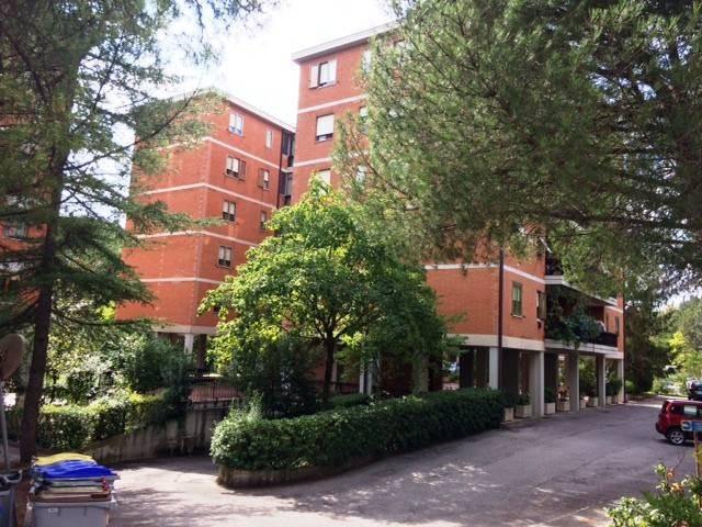 Appartamento in Vendita a Perugia Semicentro: 4 locali, 115 mq