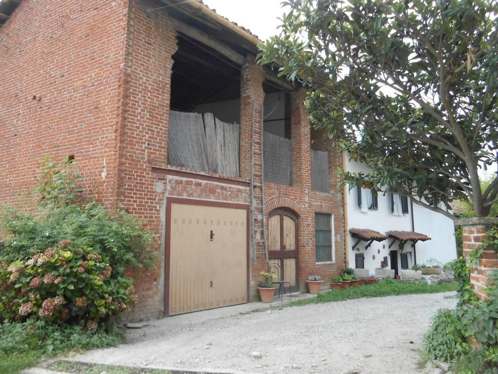 Soluzione Indipendente in vendita a Moncucco Torinese, 5 locali, prezzo € 195.000 | CambioCasa.it