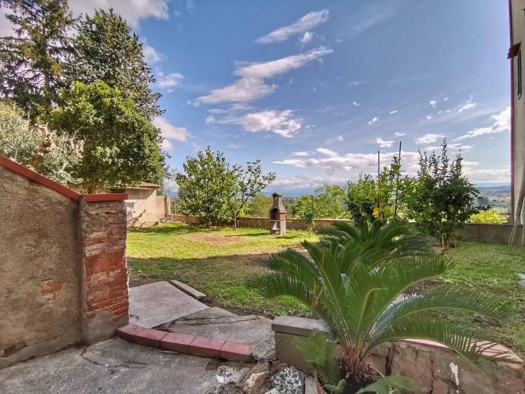 Appartamento in vendita a Signa, 6 locali, prezzo € 290.000 | PortaleAgenzieImmobiliari.it