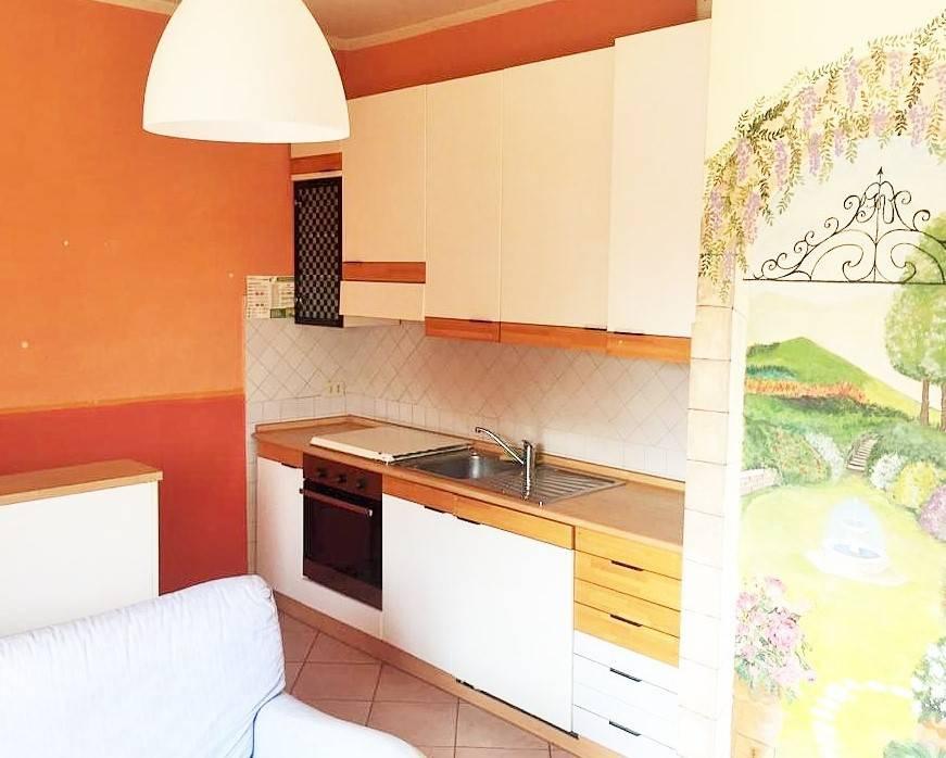 Appartamento in Vendita a Masate Centro: 2 locali, 55 mq