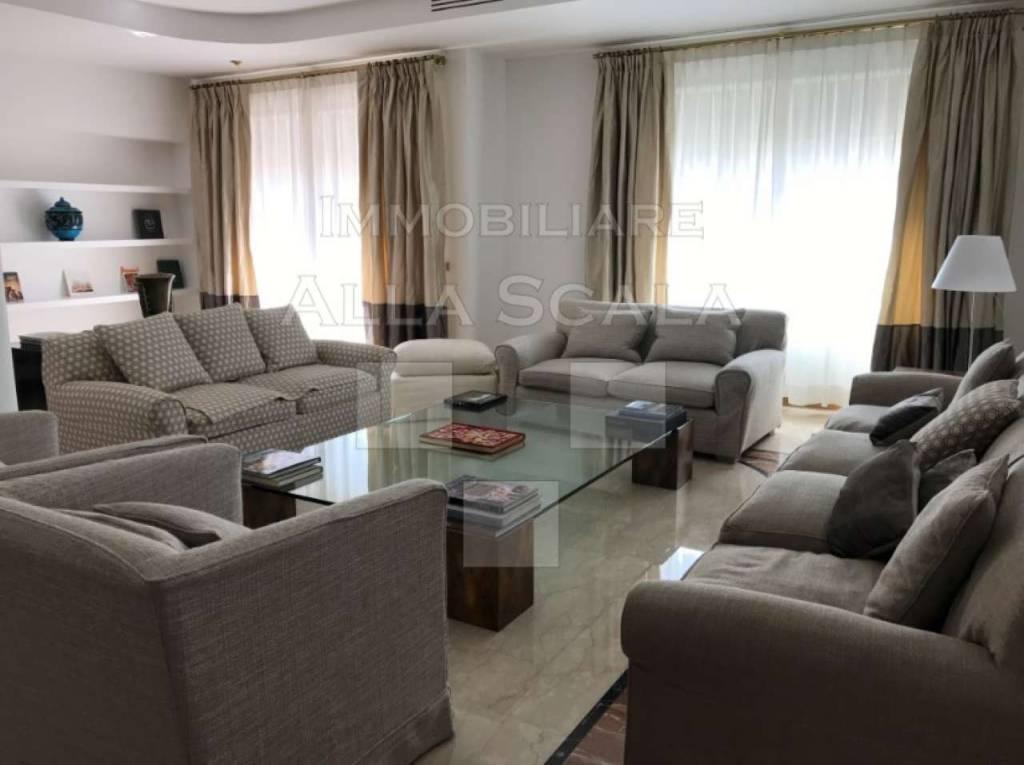 Appartamento in affitto a Milano, 4 locali, zona Centro Storico, Duomo, Brera, Cadorna, Cattolica, prezzo € 5.830 | PortaleAgenzieImmobiliari.it