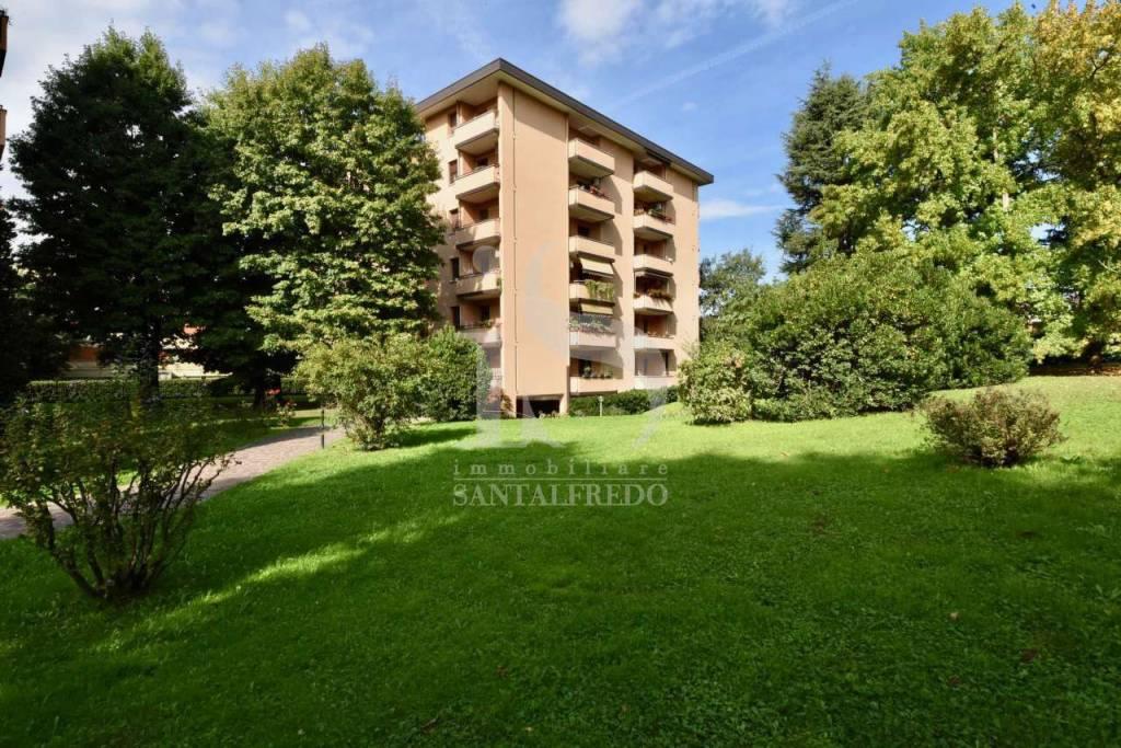 Appartamento in vendita via Giuseppe Verdi 33 Agrate Brianza