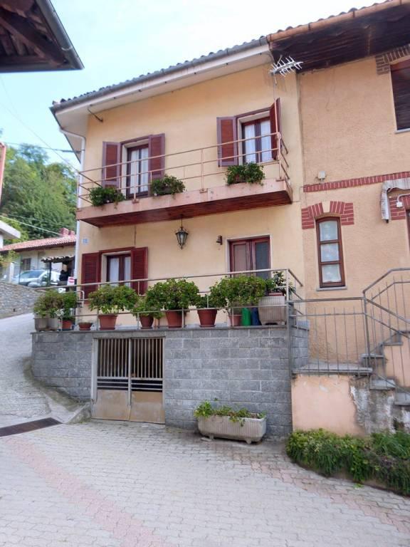 Foto 1 di Rustico / Casale strada ai Tetti Rocco 52, Torino