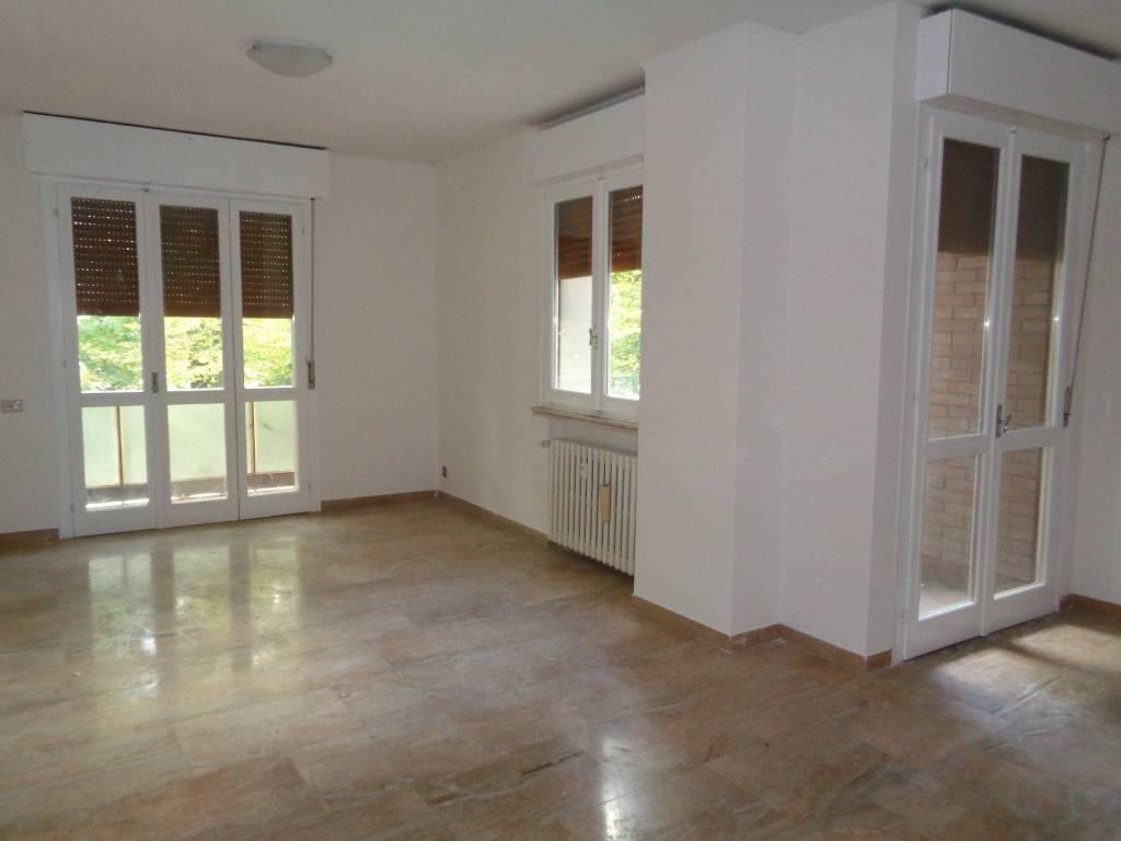 Appartamento in Vendita a Correggio: 5 locali, 150 mq