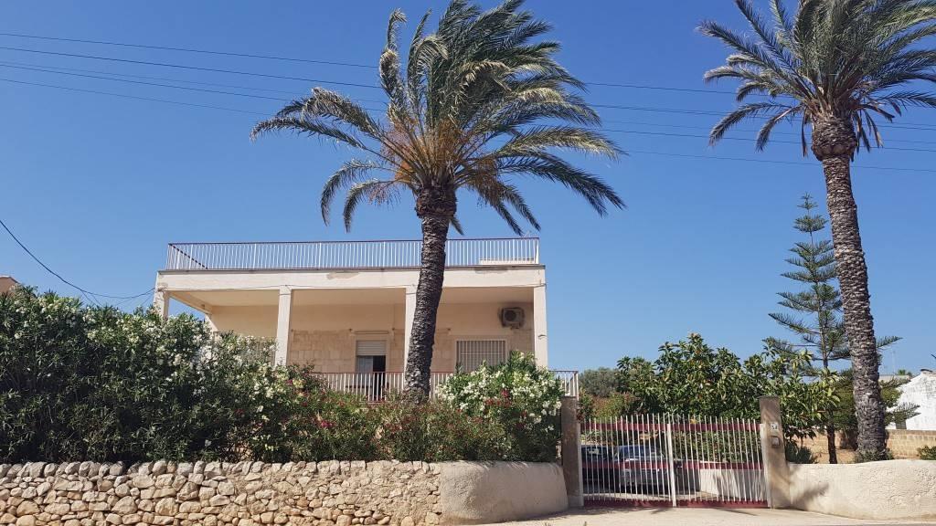 Casa indipendente in Vendita a Scicli: 5 locali, 381 mq