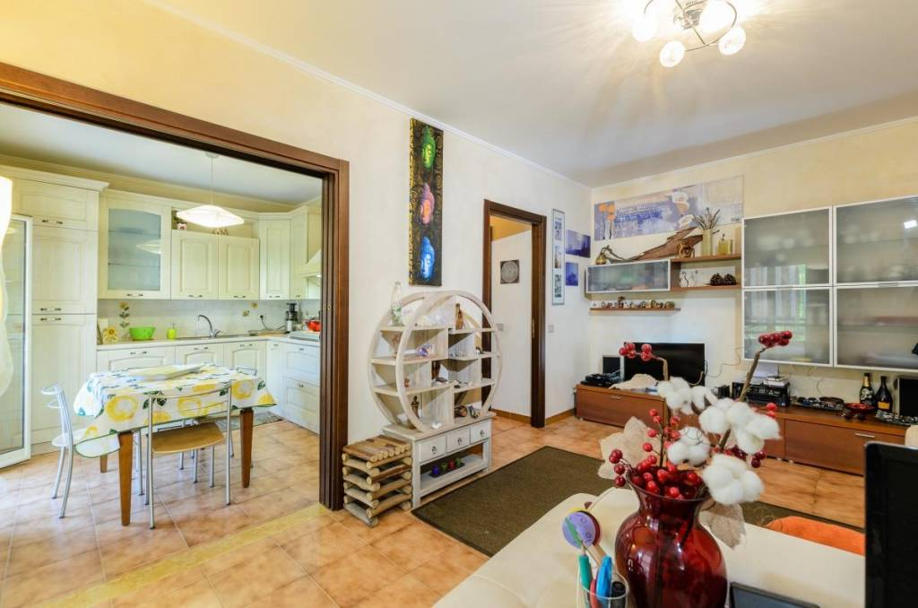 Appartamento in vendita a Furci Siculo, 5 locali, prezzo € 120.000 | PortaleAgenzieImmobiliari.it