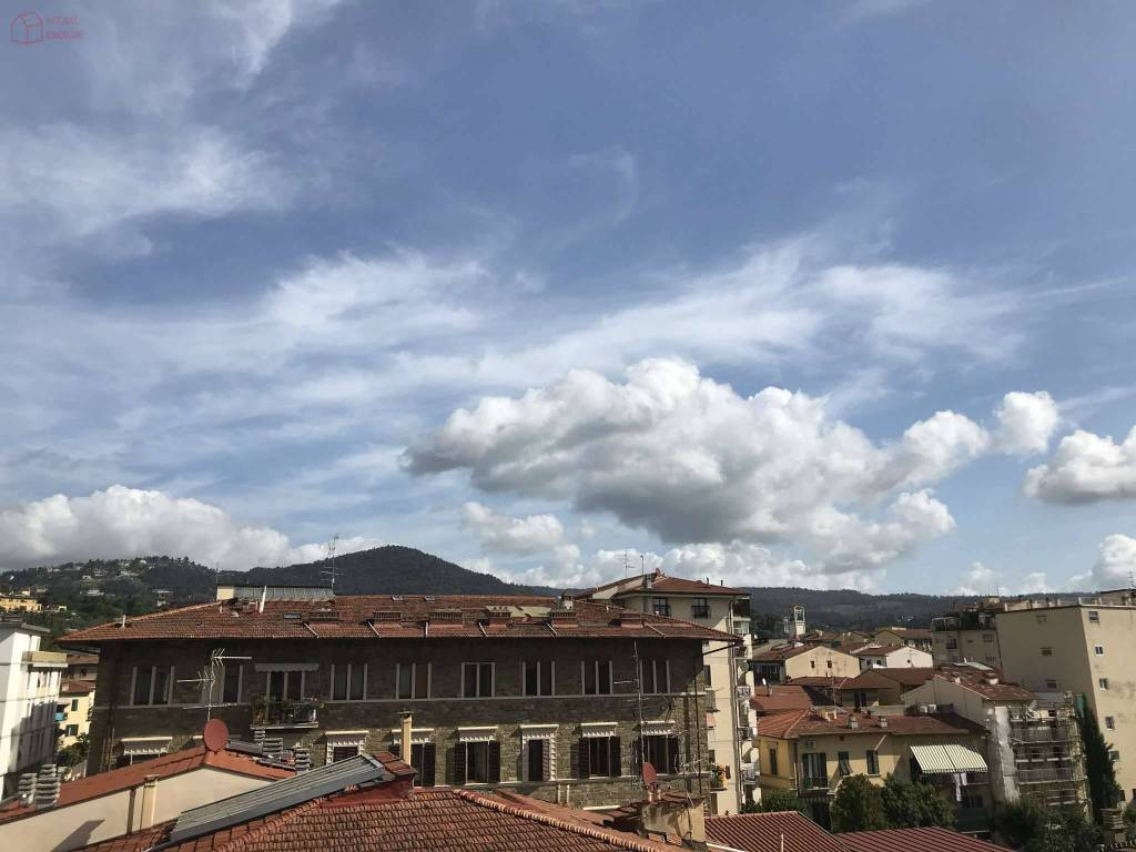 Foto 1 di Trilocale via dei Cairoli, Firenze (zona Campo di Marte)