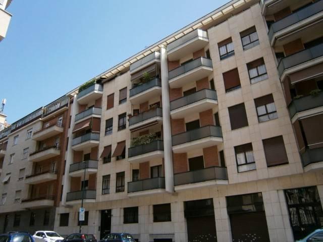 Foto 1 di Trilocale via Lazzaro Spallanzani 20, Torino (zona Santa Rita)