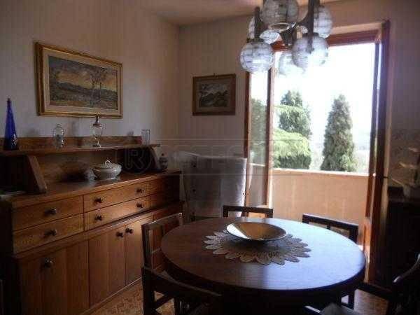 Appartamento in vendita a San Gimignano, 4 locali, prezzo € 240.000 | PortaleAgenzieImmobiliari.it