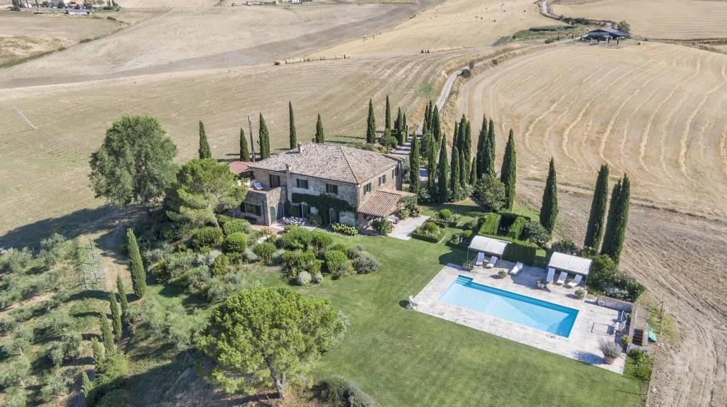 Villa in Vendita a Castel Del Piano: 5 locali, 490 mq