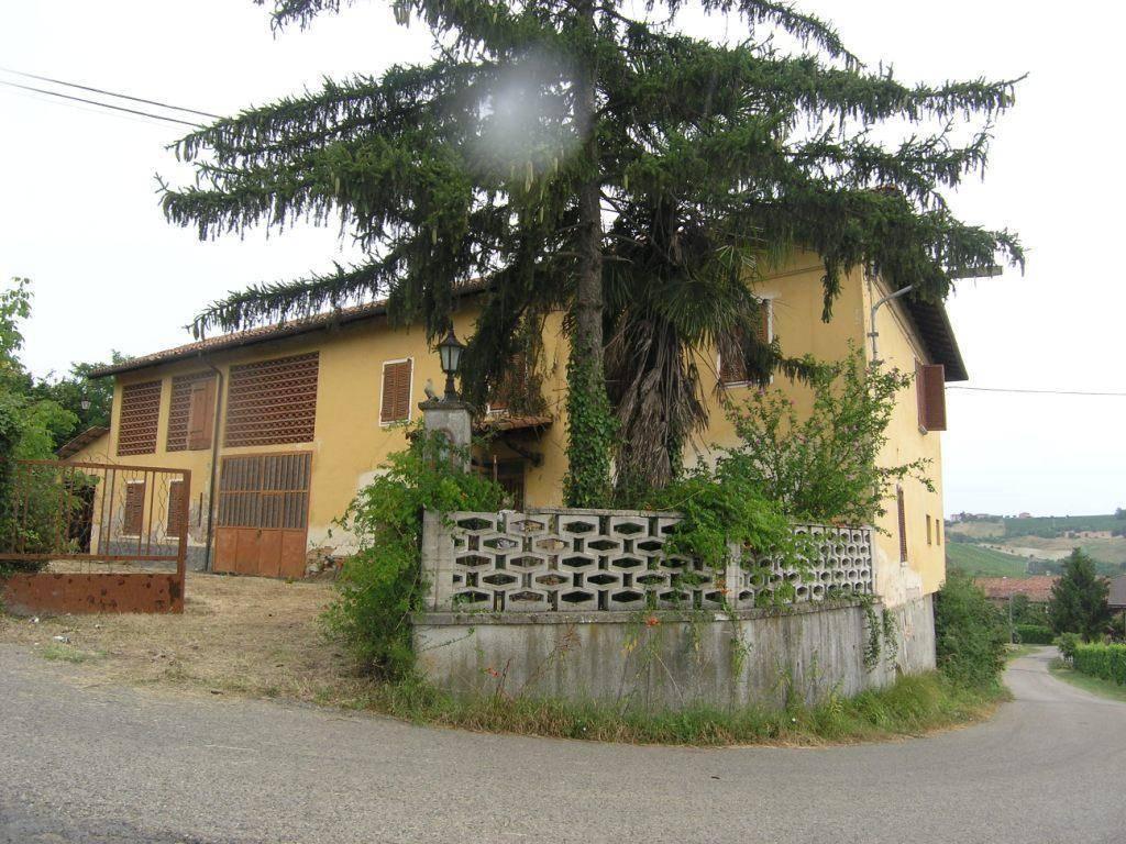 Casa Indipendente in buone condizioni in vendita Rif. 4315297