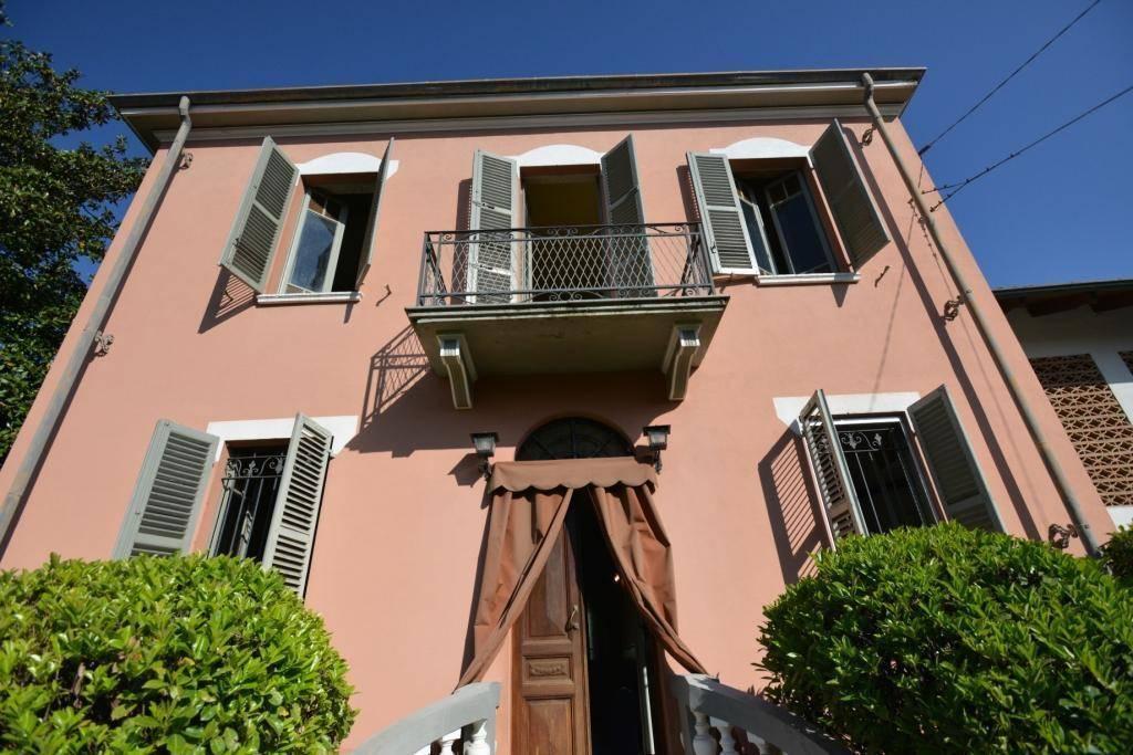 Foto 1 di Villa via MARCONI, 14, Cinaglio